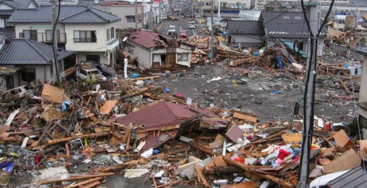 岩手県大船橋市盛町東日本大震災の後の様子