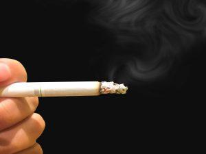 寝タバコ火事の原因